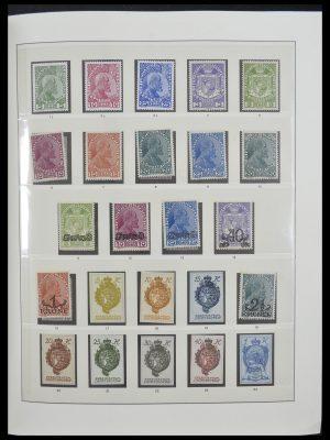 Stamp collection 33140 Liechtenstein 1912-1990.