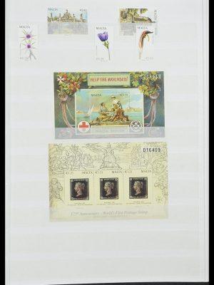 Stamp collection 33827 Malta 1964-2015.