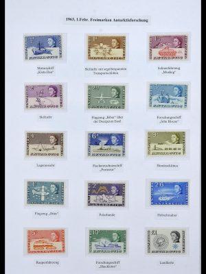 Stamp collection 34105 British Antarctica 1963-1993.