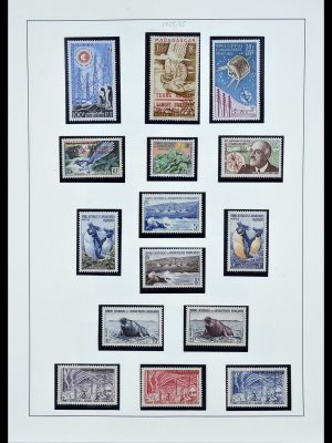 Stamp collection 34163 French Antarctica 1955-1984.