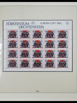 Stamp collection 34187 Liechtenstein kleinbogen 1982-1995.